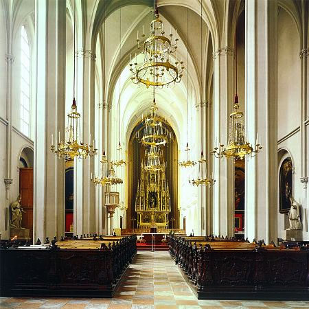 "Nave of the Augustinerkirche (""Augustinian Church"") in Vienna."