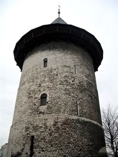 Jean's prison tower in Ruoen.