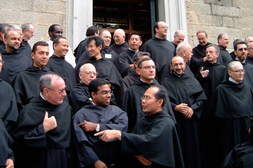 Augustinian leaders at an international meeting in Spain