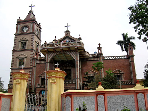 The Bandel church, built by the Augustinians forty kilometres from Calcutta